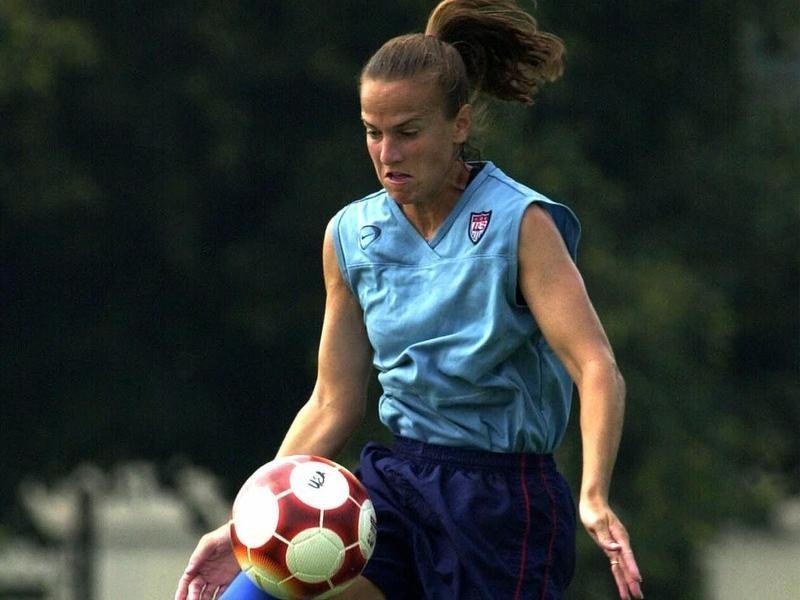 USWNT defender Carla Overbeck