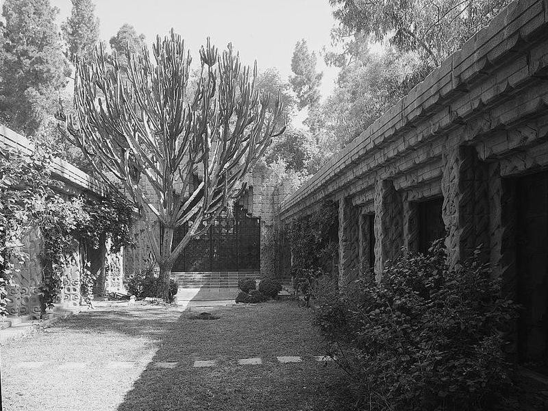 Sowden House in the 1940s