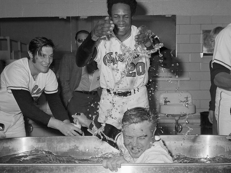 Earl Weaver and Frank Robinson