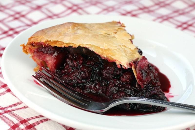 Olallieberry Pie