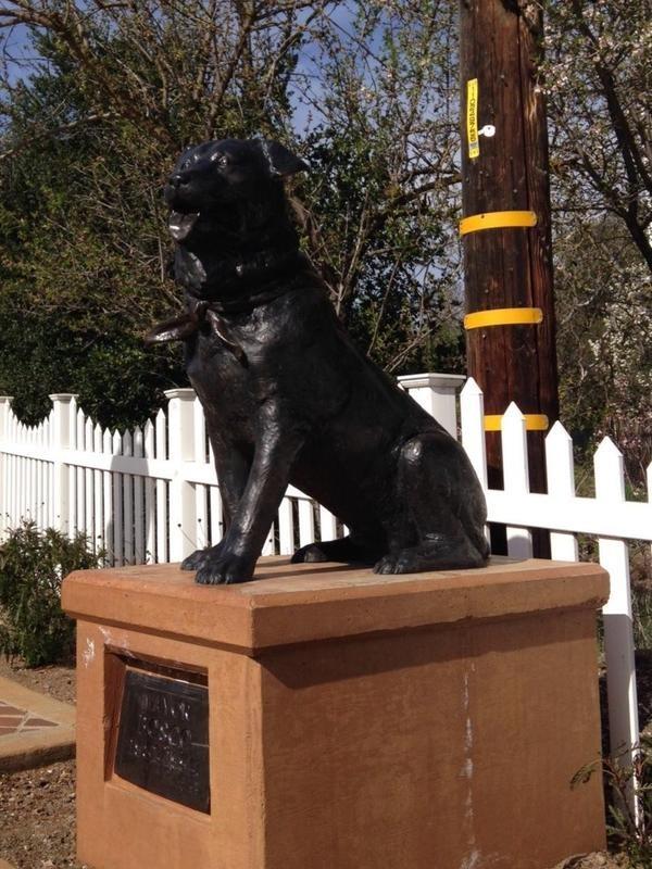 Bosco the Town Mayor Statue in California