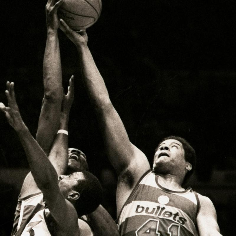 Wes Unseld and Elvin Hayes