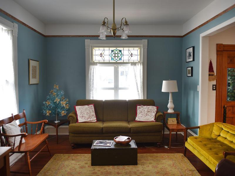 The Harrison DeLong House interior