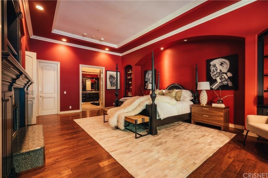 Nikki Sixx's bedroom