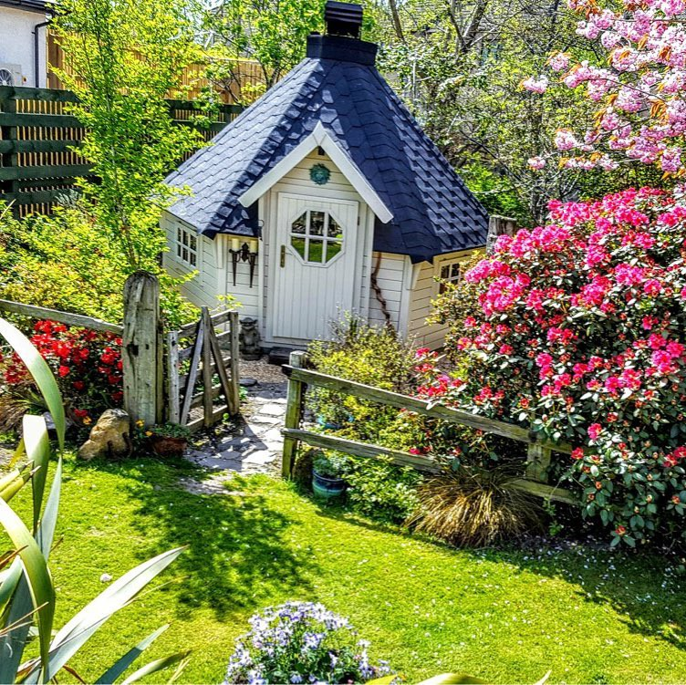 Potting shed and garden in Scotland
