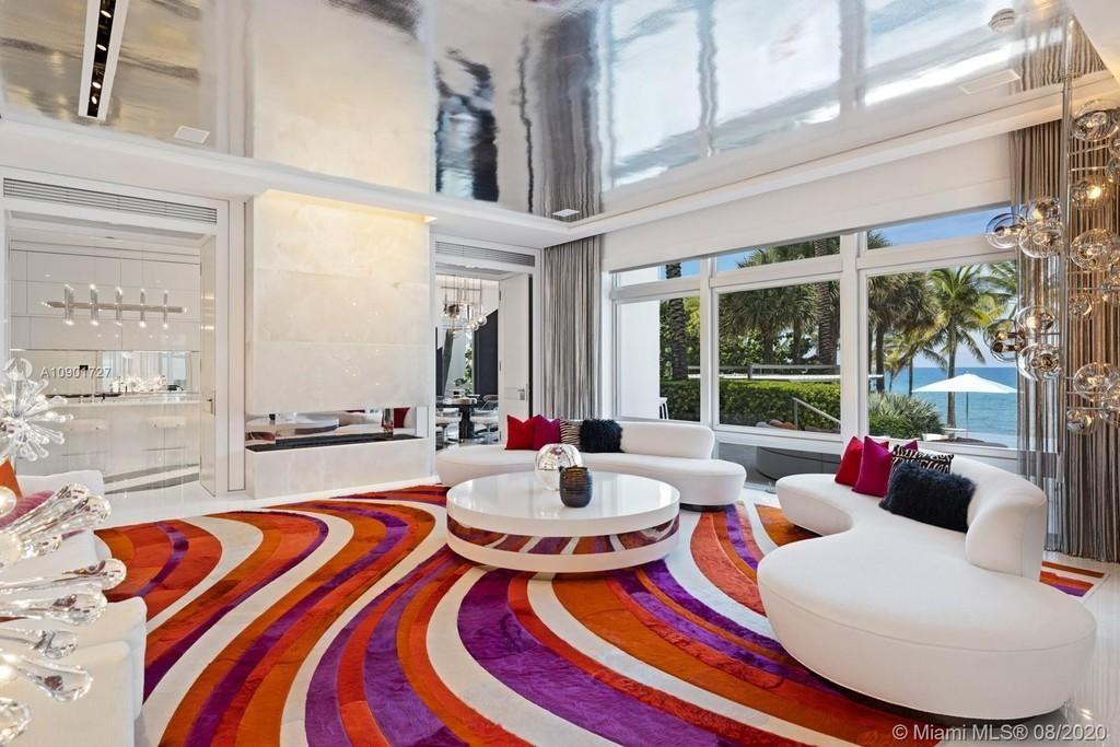 LSD-designed carpet