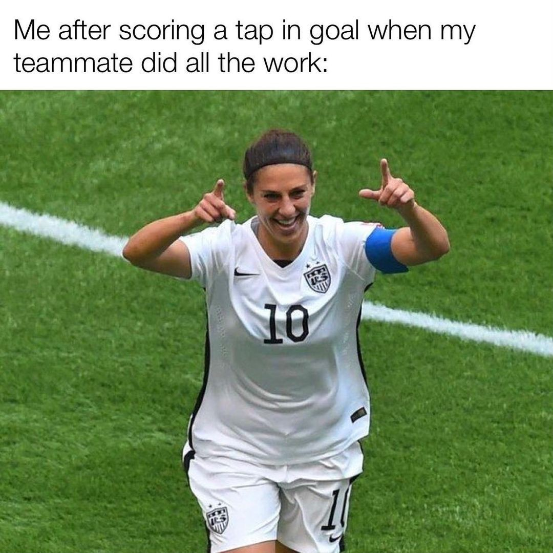Carli Lloyd celebrating goal