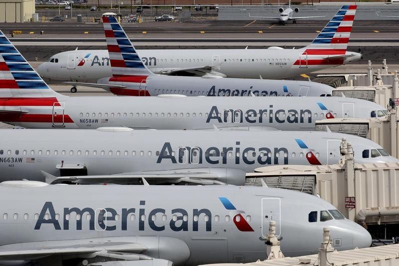 American Airlines planes operated by SkyWest